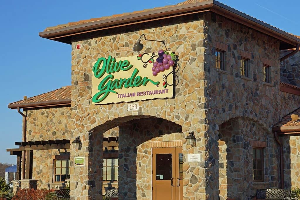 The History of Olive Garden - Olive Garden Menu Prices for 2021